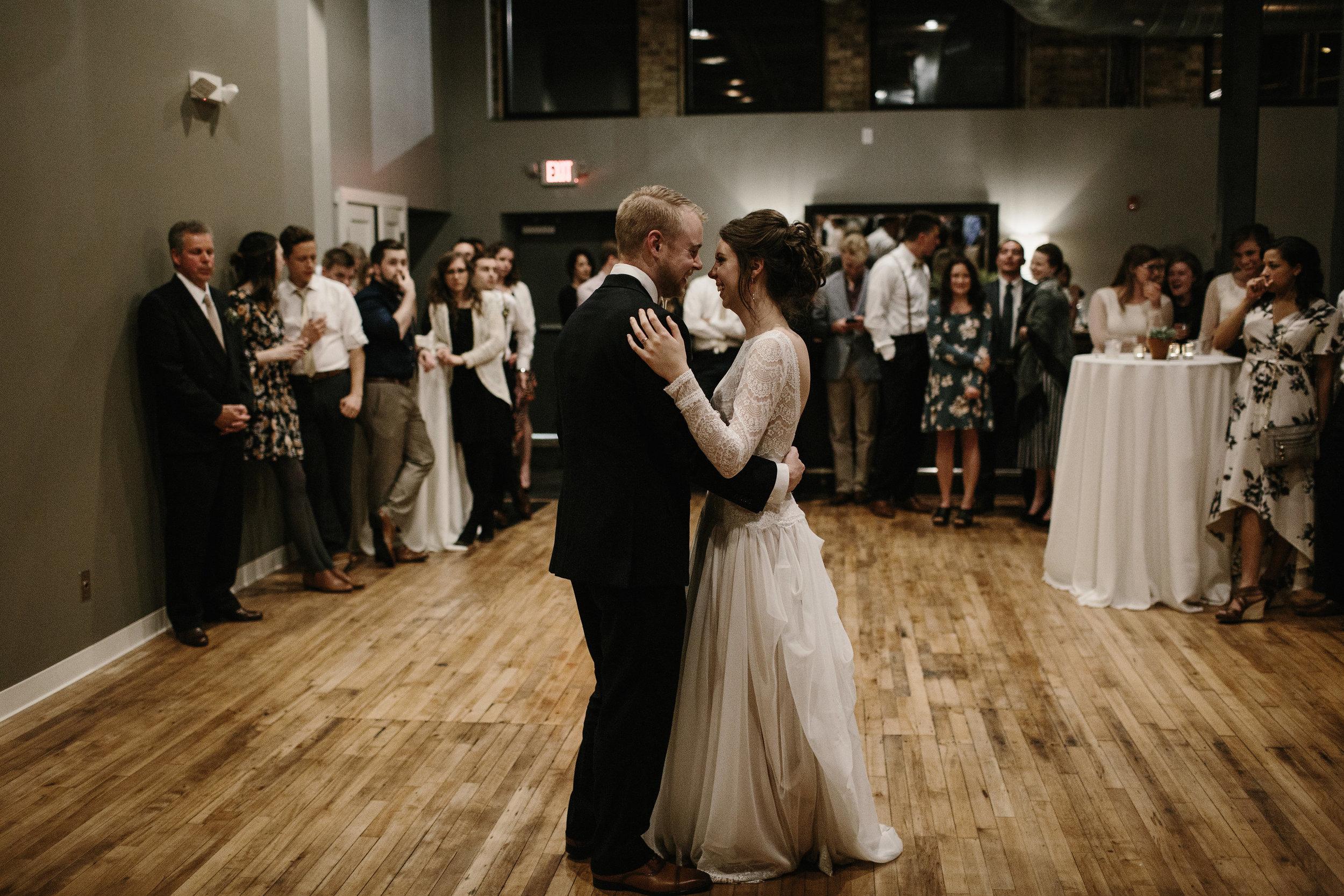FLORAPINEPHOTOGRAPHY_BRANDONLYDIA_DANCE-20.JPG