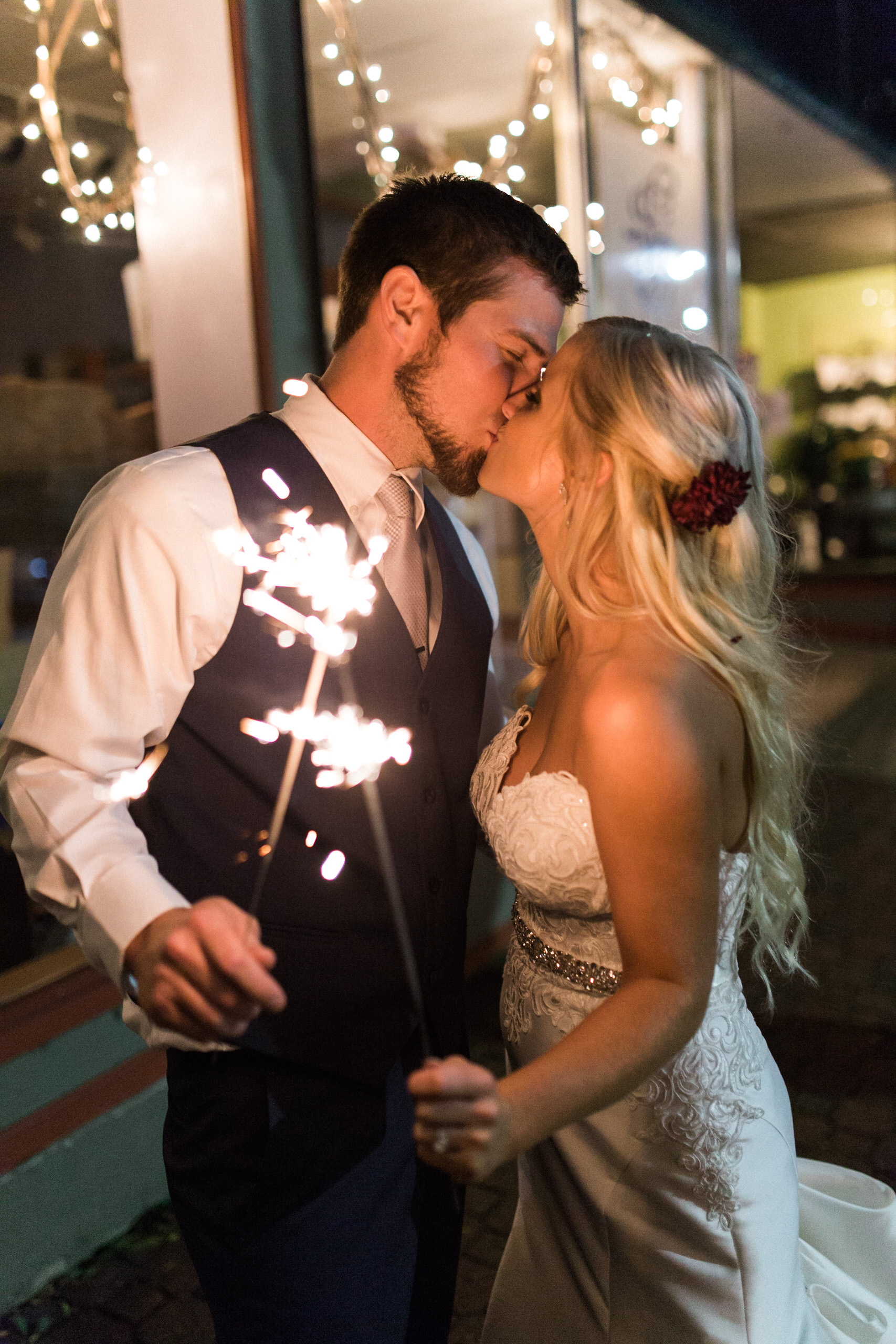 Julie and Andrew Wedding-1099.jpg
