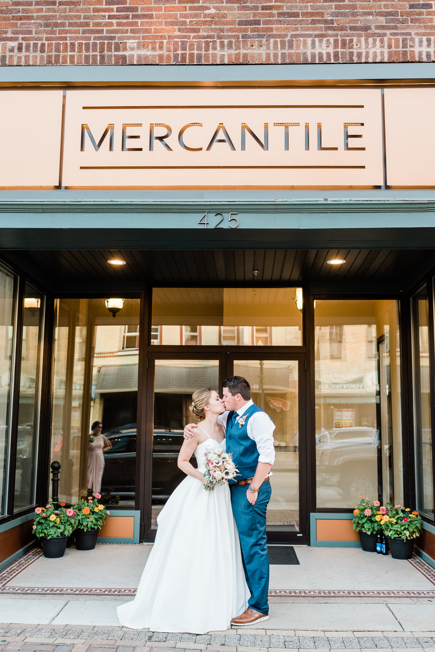 Mercantile-Hall-Wedding-Photographers-AB-124.jpg