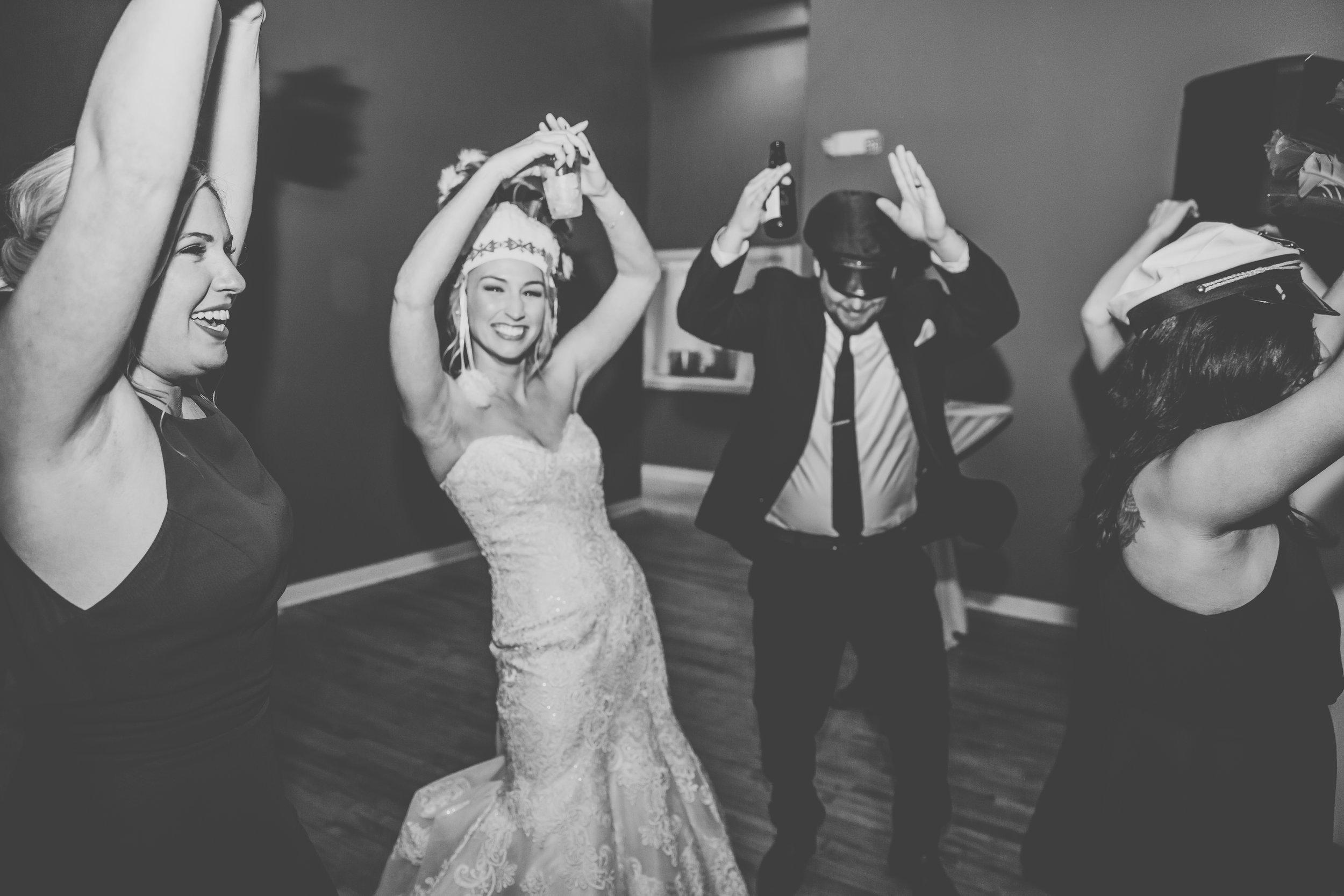 Lindsay & Mike's Wedding 400.jpg
