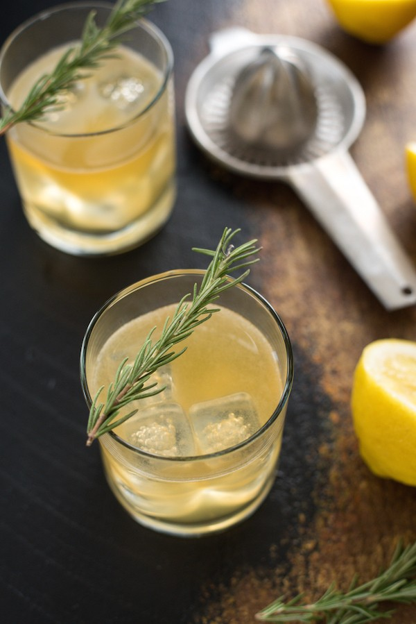 Lemon & Rosemary Burbon Sour