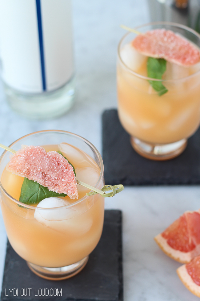 Grapefruit Basil Refresher
