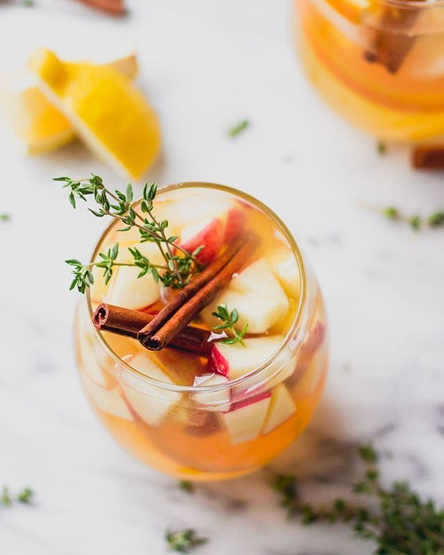 Apple Sangria with Thyme