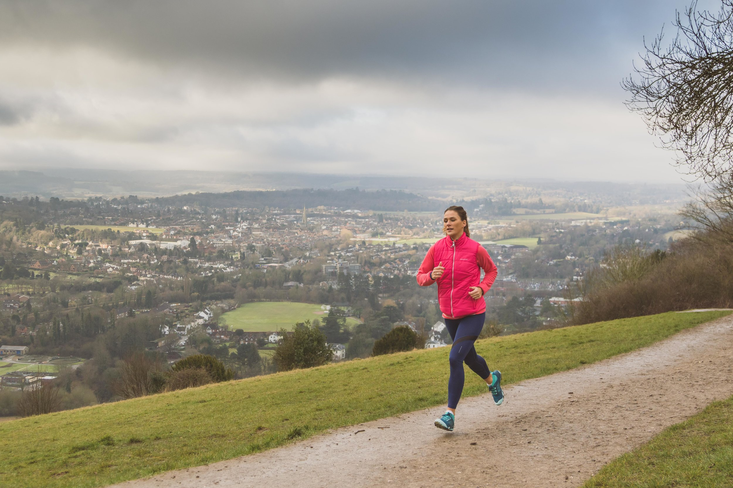 Lizzie Carr running on Box Hill view point