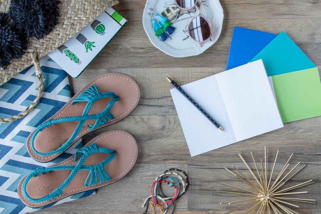 luvmyvines blue sandals