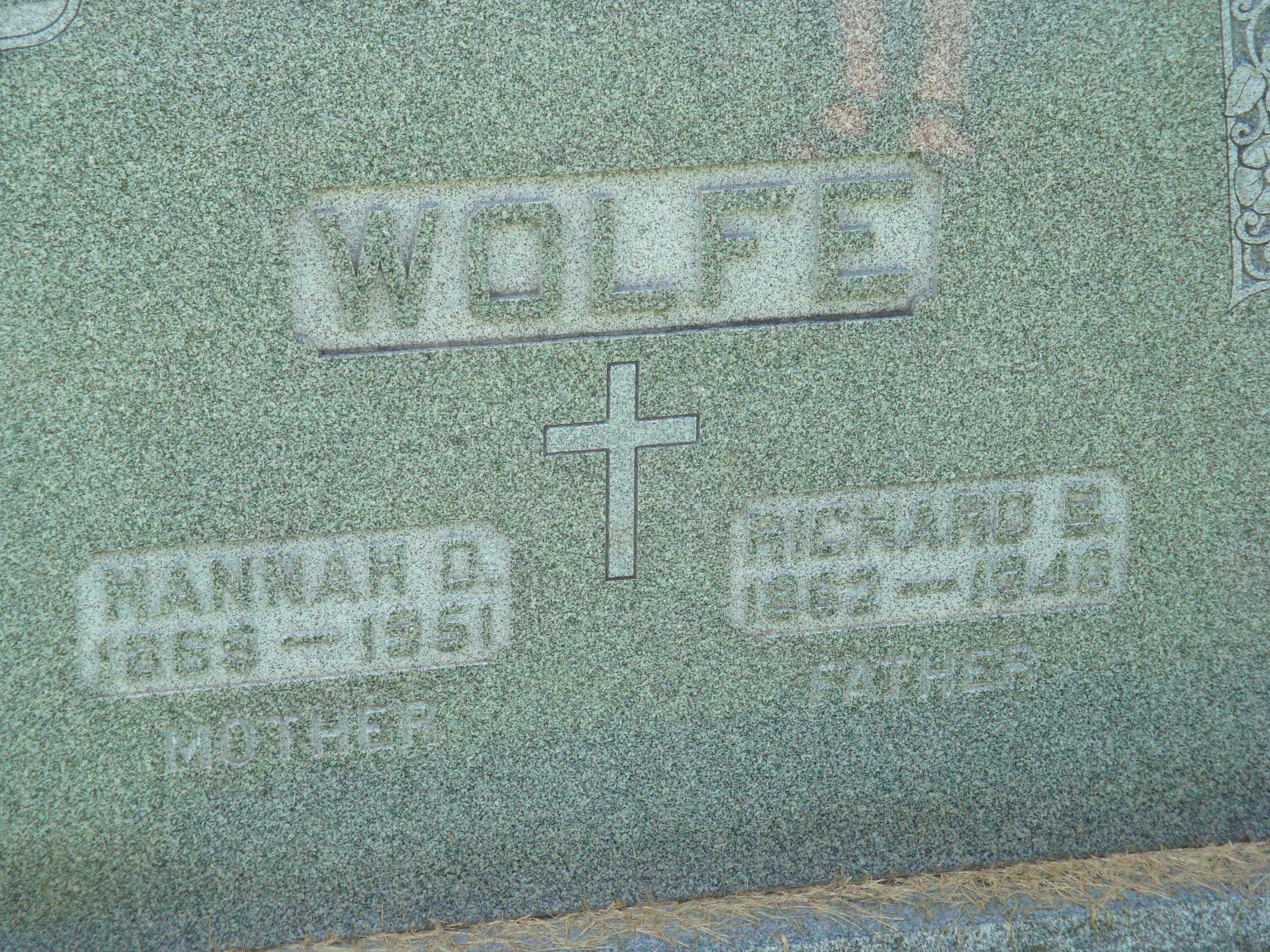 Wolfe gravestone, Saint Joseph's Cemetery, DeWitt (user aeiou02 / Ancestry.com)
