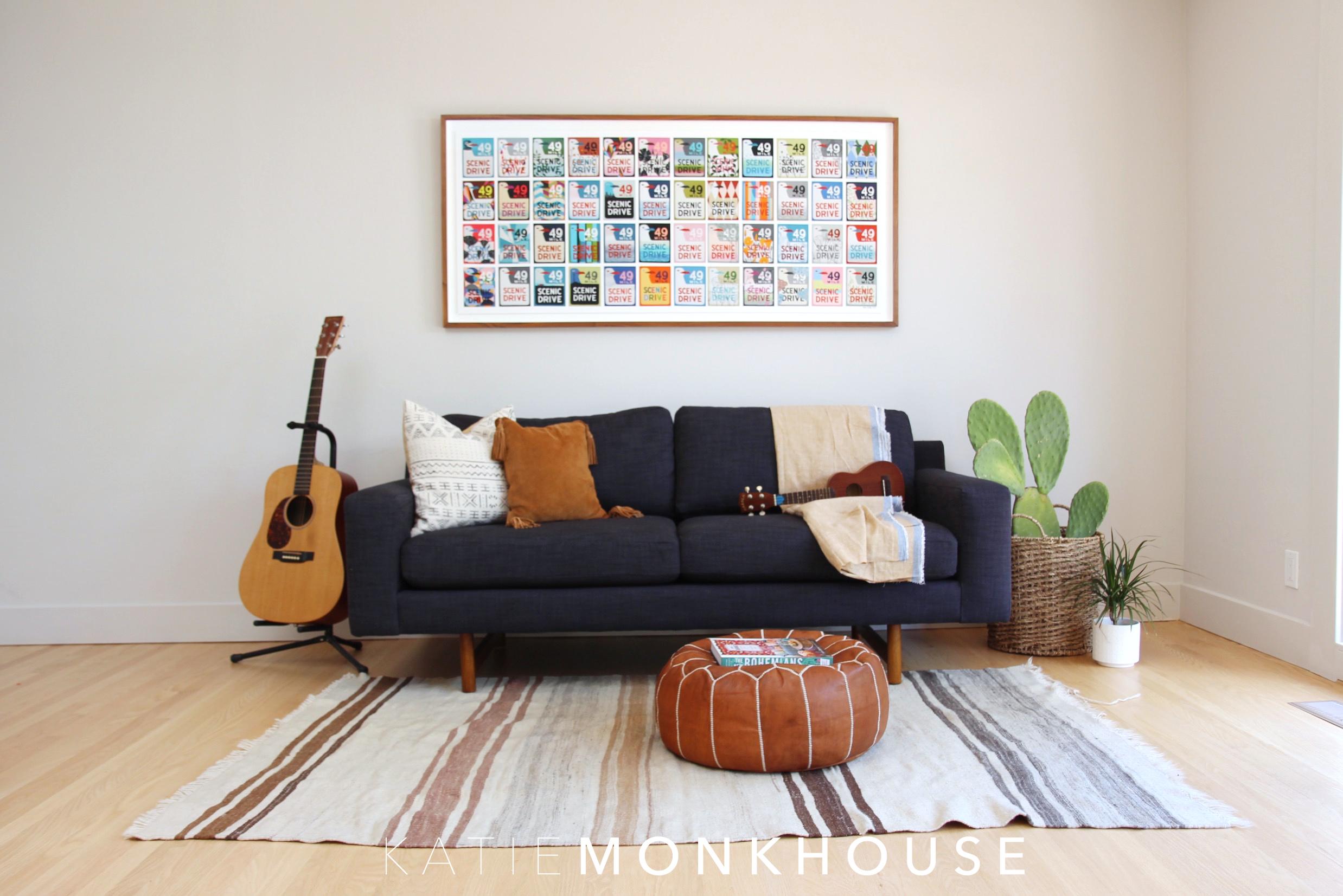sittingroom2.jpg