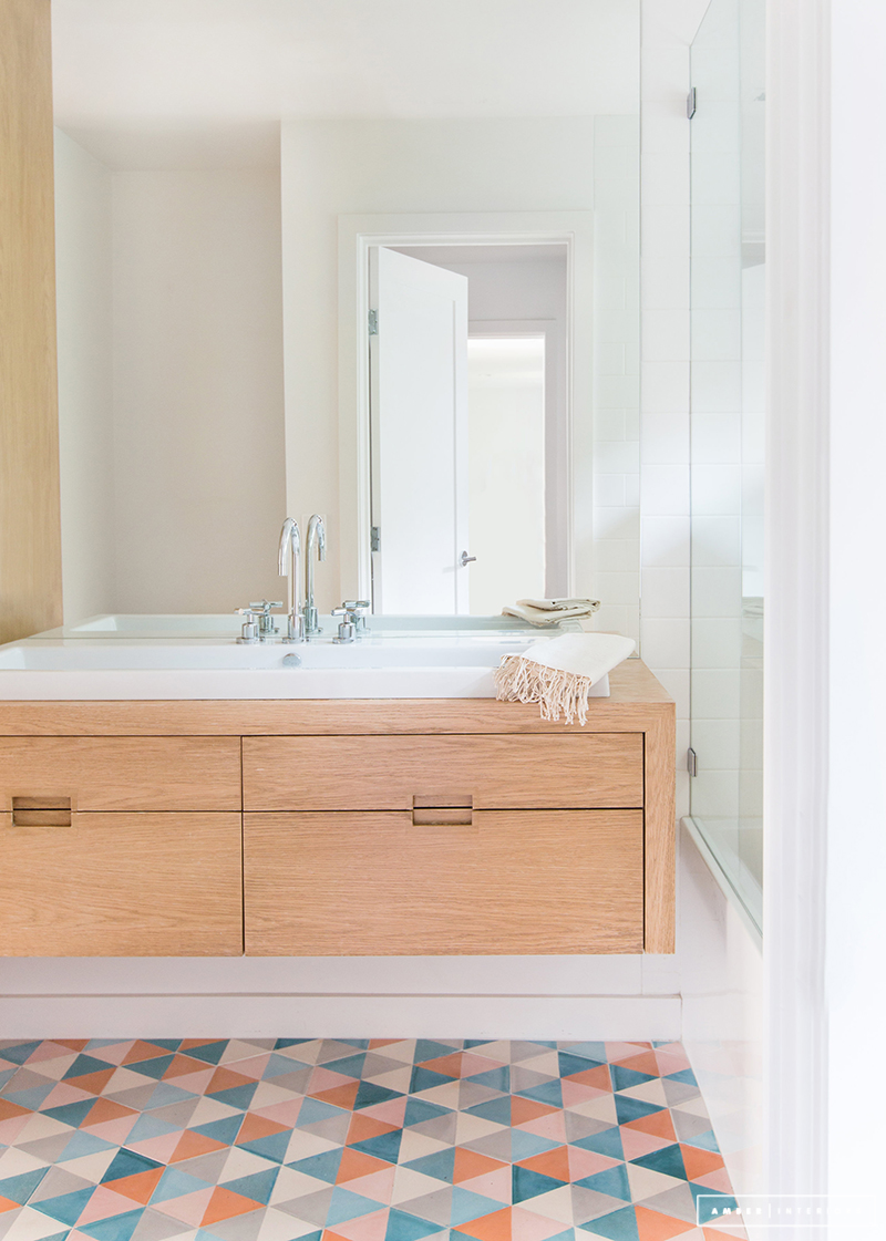 One of my all-time favorite bathrooms by Amber Interiors features a custom colorway in Popham's Zulu Hex