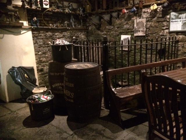 back of well pub.JPG