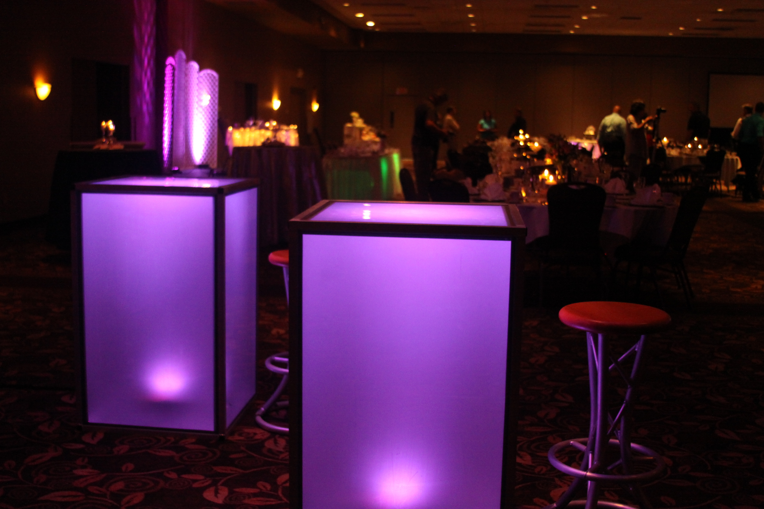LIGHT-UP COCKTAIL TABLES