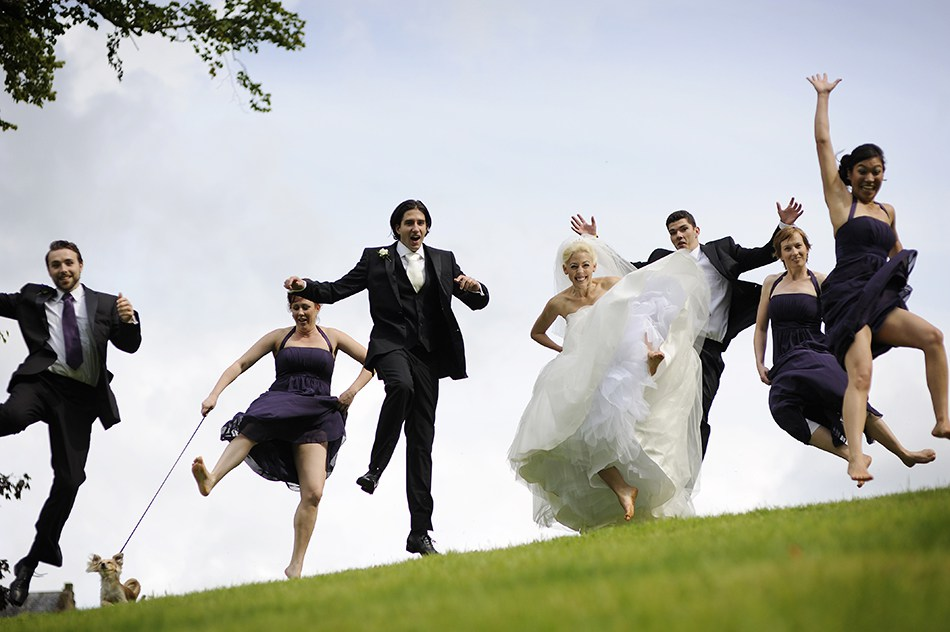 Havva & Nick started clowning around with their bridal party during the group shots, and we decided to to a synchronised group jumping shot, which I thought was a great idea…………….I'm not sure the dog was of the same opinion!