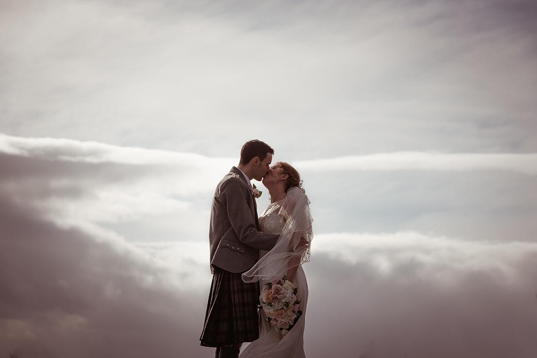 natural creative wedding photographer scotland glasgow