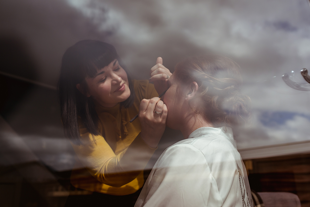 creative wedding photographer glasgow scotland make up