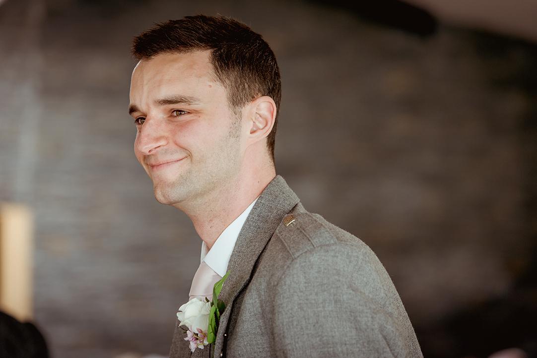 the vu wedding photographer natural images (9).jpg