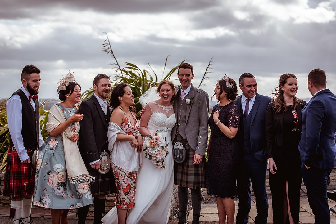 funny wedding group shots the vu