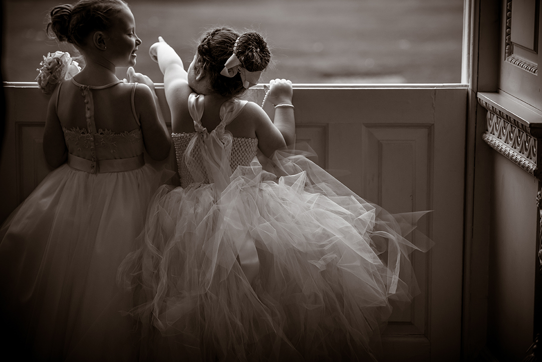 natural wedding photography scotland flowergirl dress