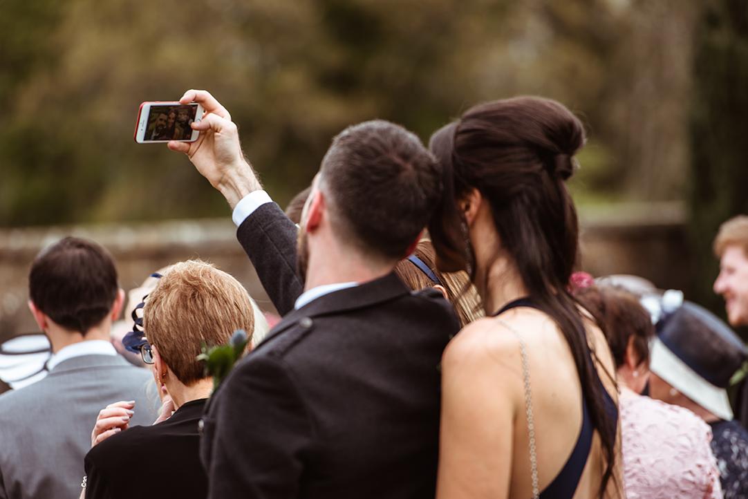 fun wedding photography glasgow (3).jpg