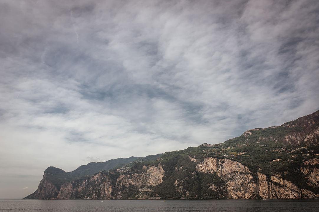 lake garda scenery photos