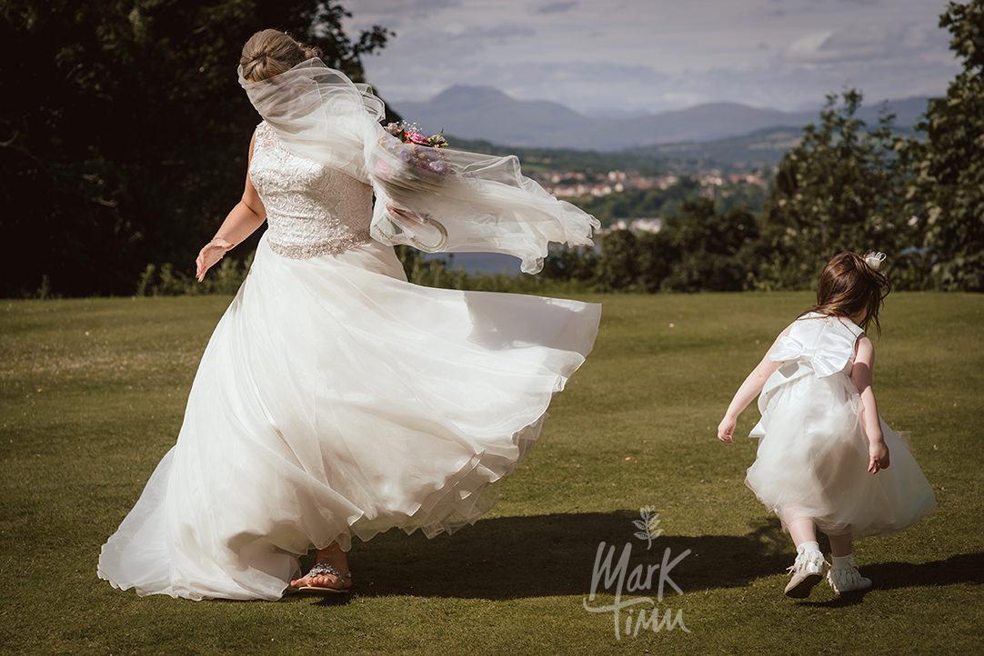 Gleddoch house wedding glasgow photographer (49).jpg