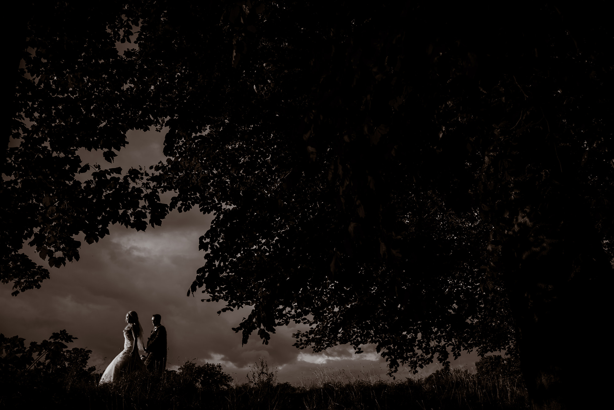 artistic wedding photography glasgow