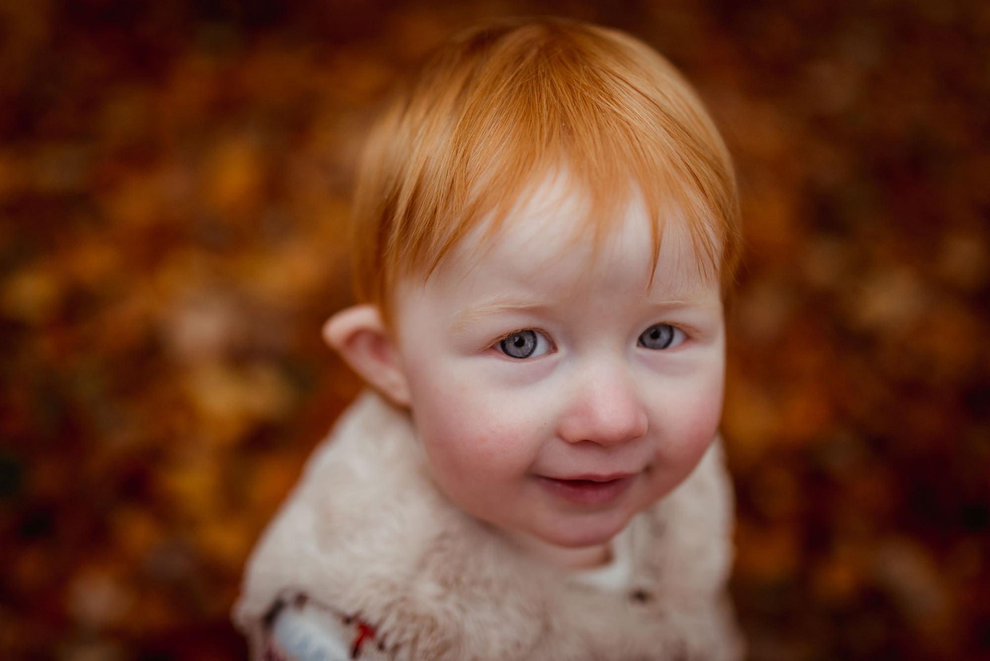 children-in-autumn-glasgow (3).jpg