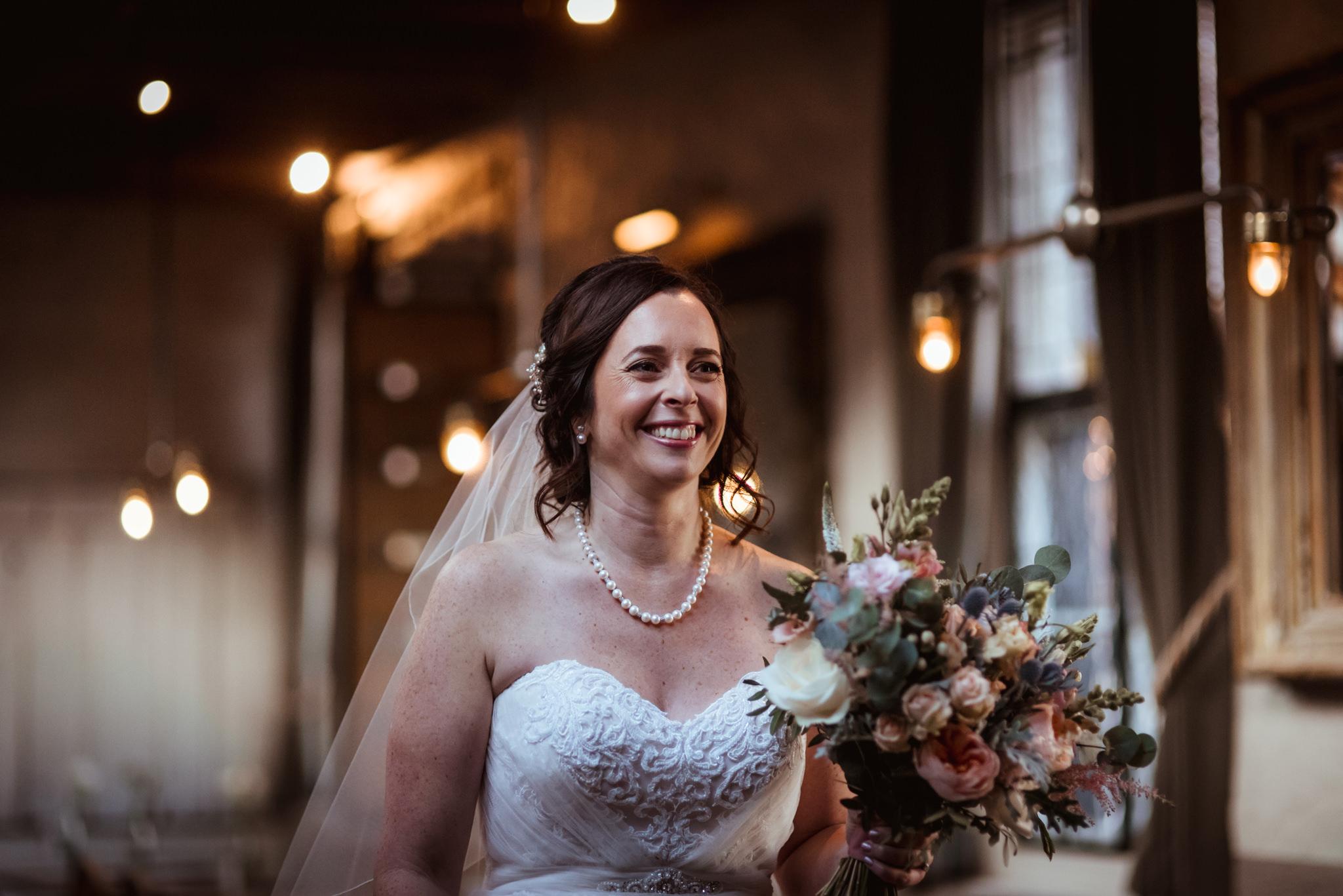Ubiquitous-Chip-wedding-photography-(3).jpg