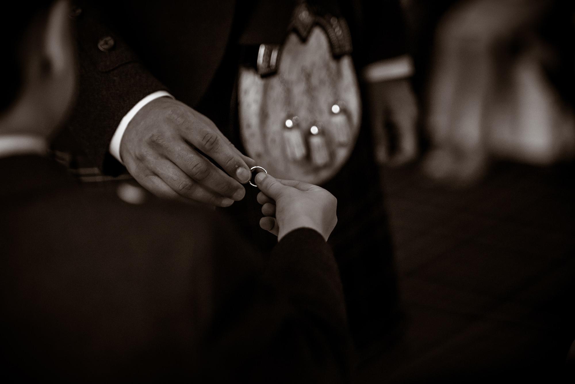 documentary-wedding-photographer-scotland-(19).jpg