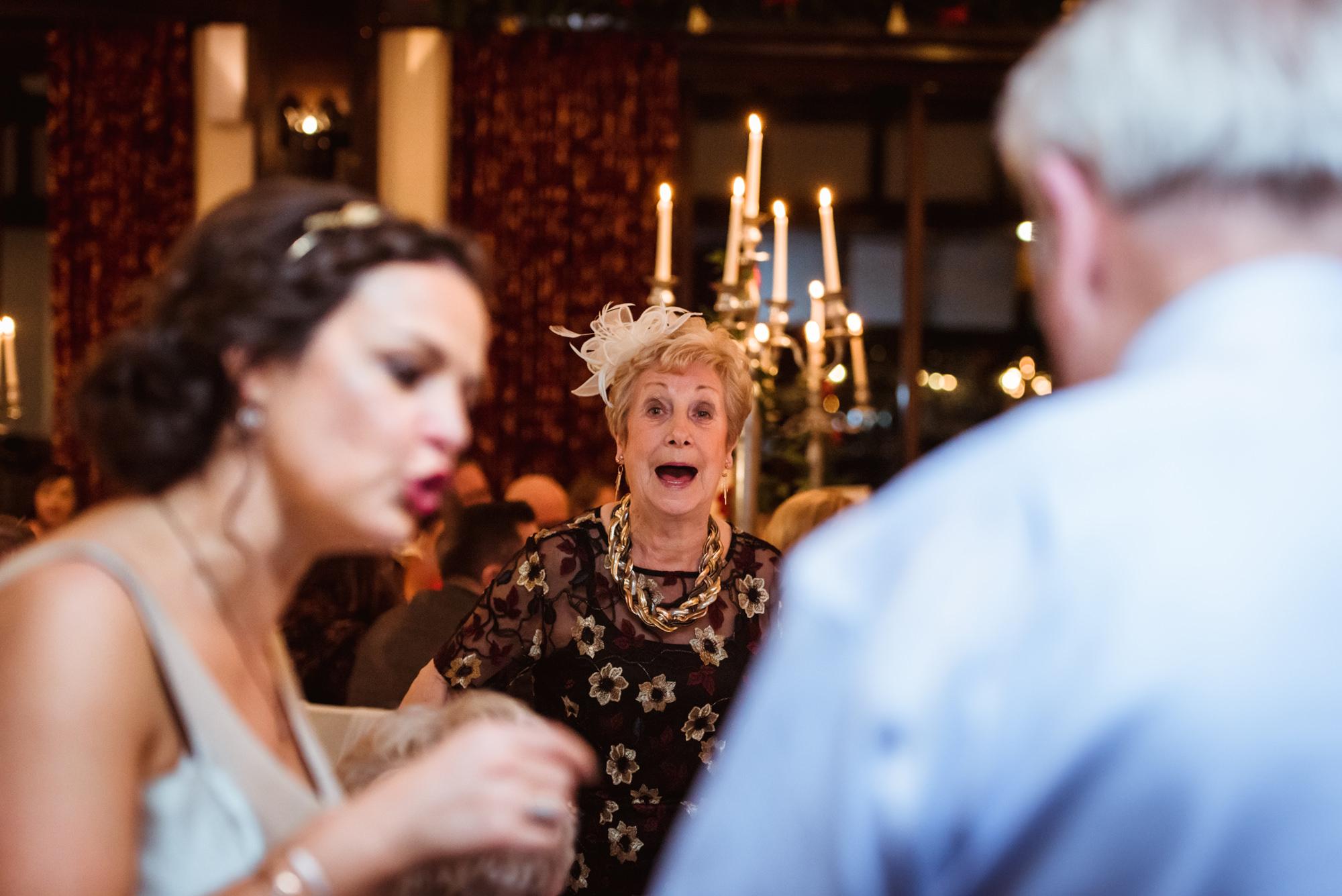fun-brig-o-doon-wedding-photos-(3).jpg