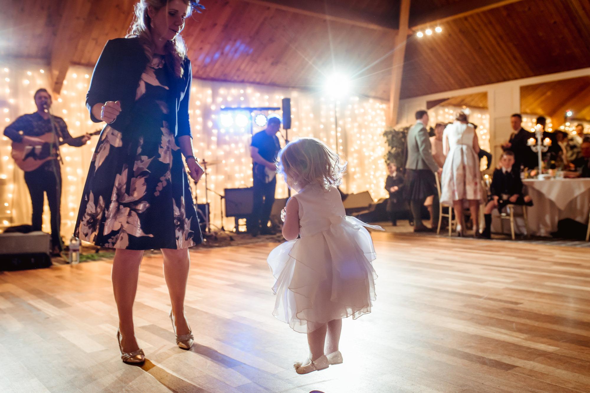 fun-wedding-photographer-loch-lomond.jpg