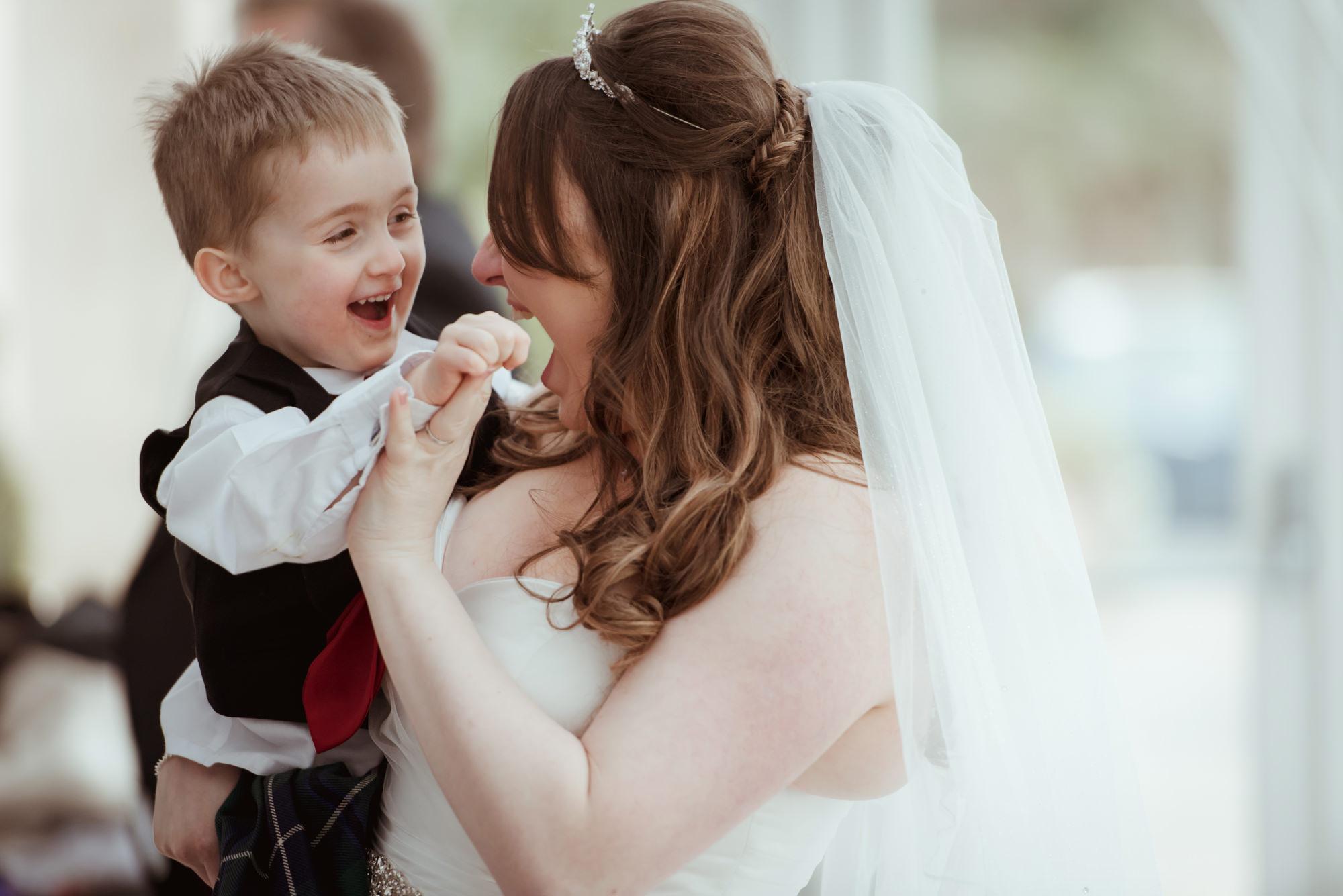 natural-wedding-photography-helensburgh.jpg