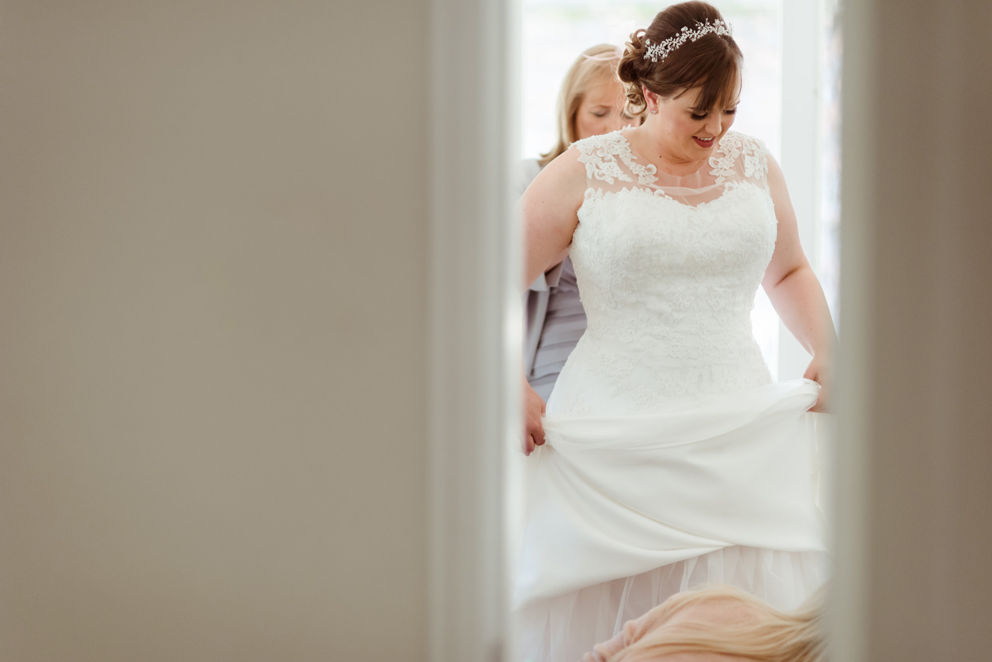 wedding-dress-loch-lomond.jpg
