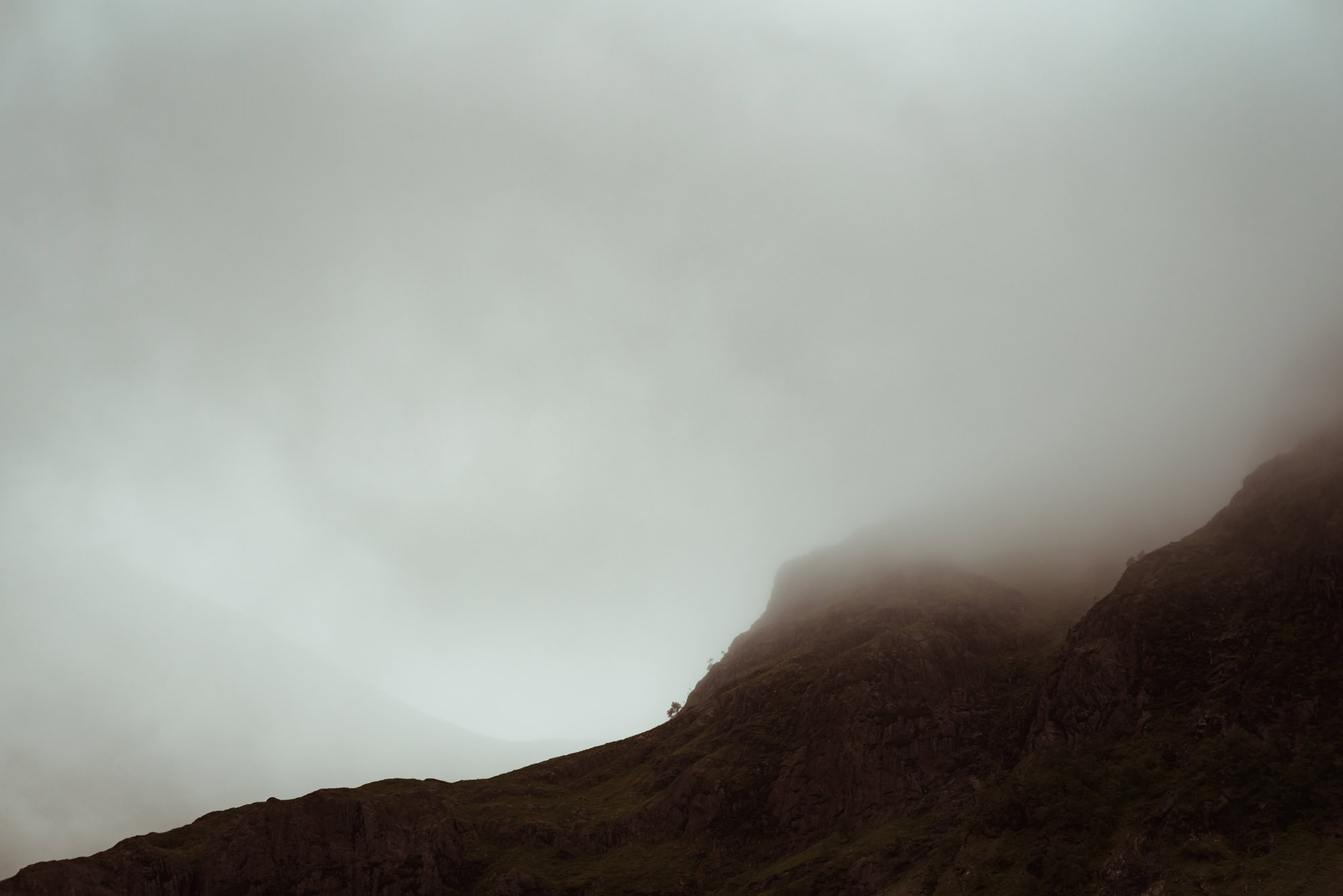 glencoe-scottish-mountains-photos.jpg
