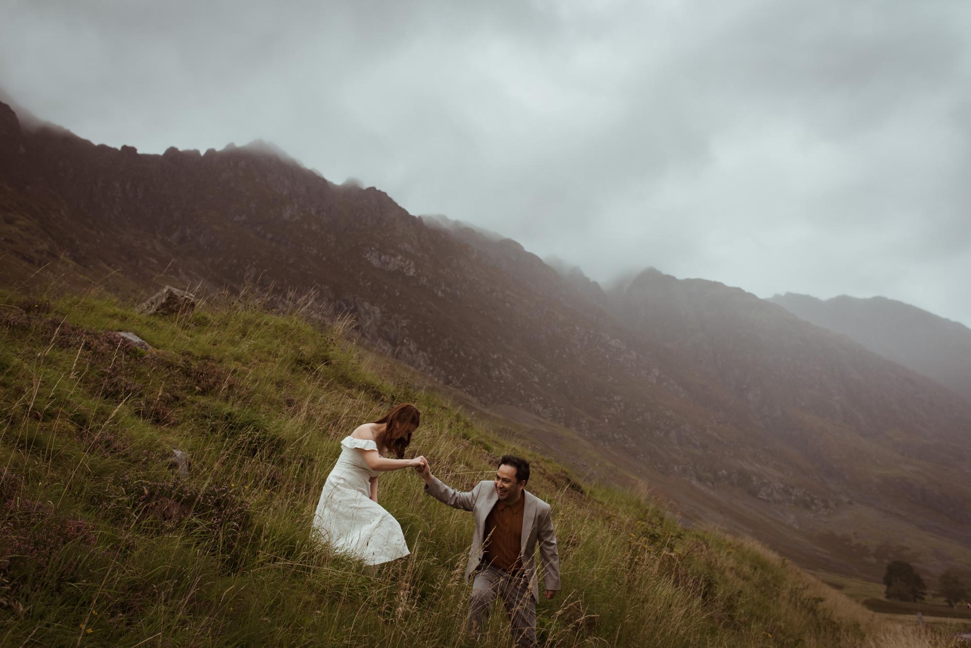 adventurous-scottish-photoshoot-wedding.jpg