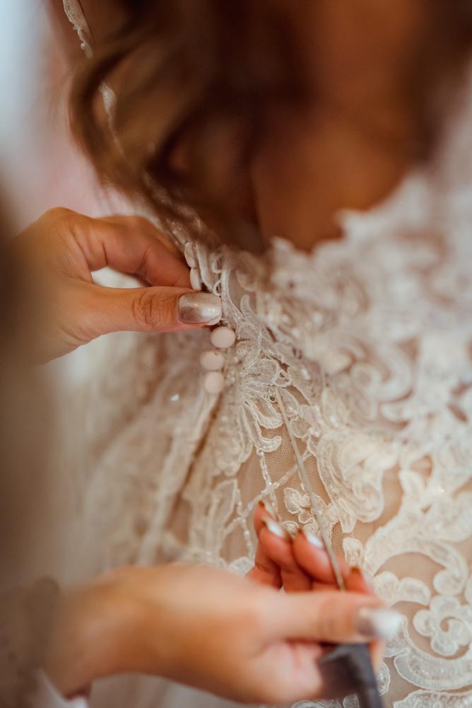 essence-of-australia-wedding-dress.jpg