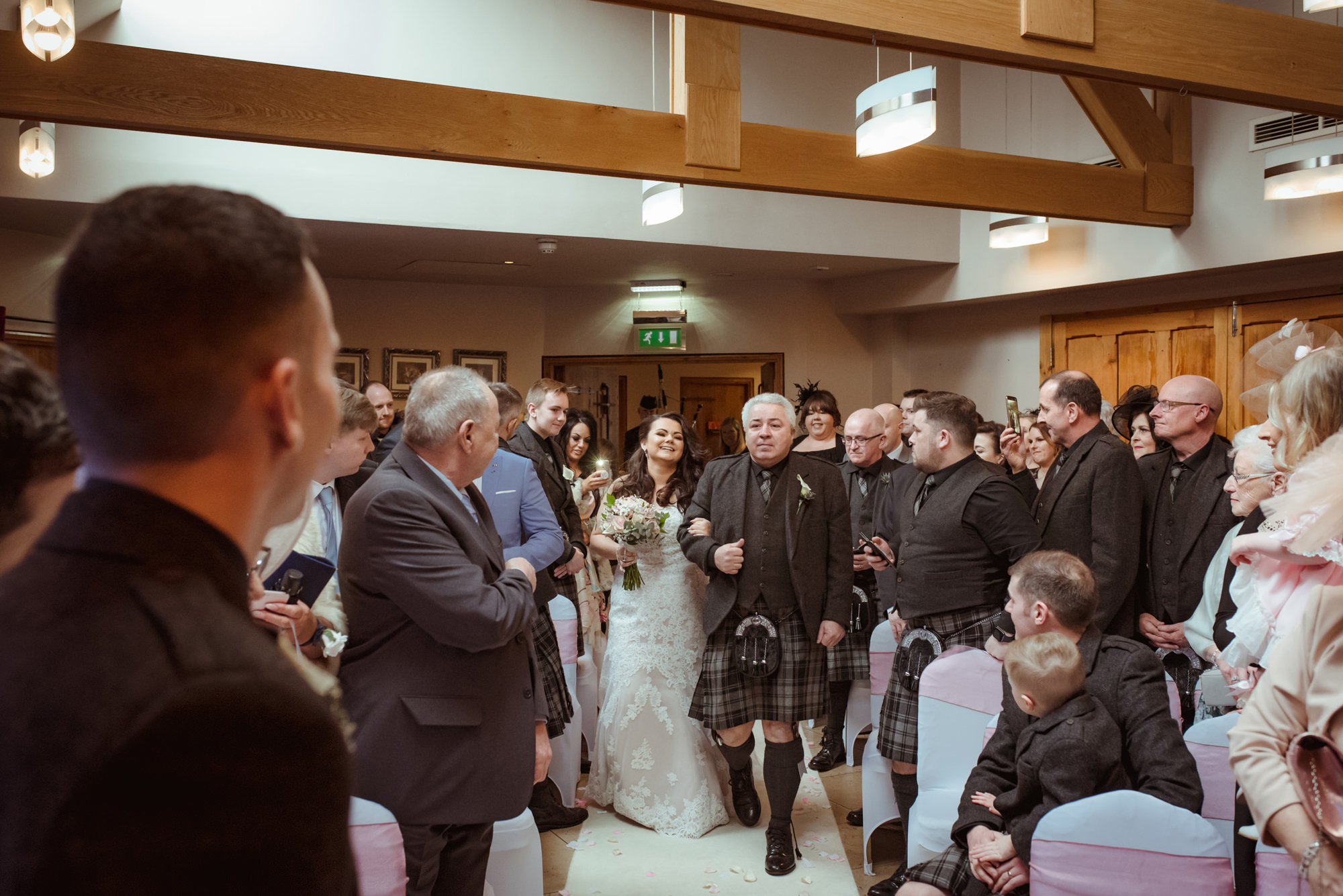 glenskirlie-wedding-snow.jpg