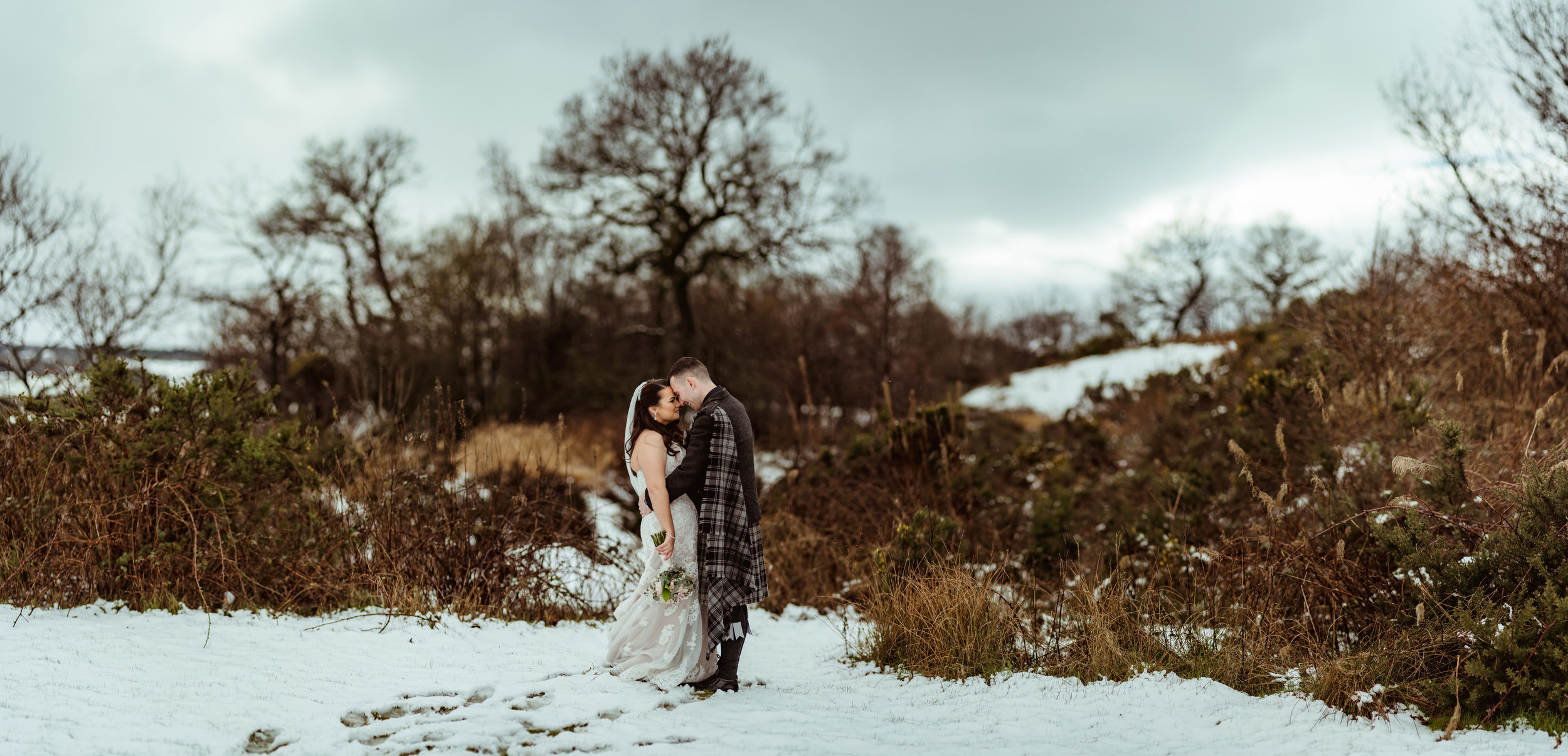 alternative-wedding-photography-glenskirlie-glasgow.jpg