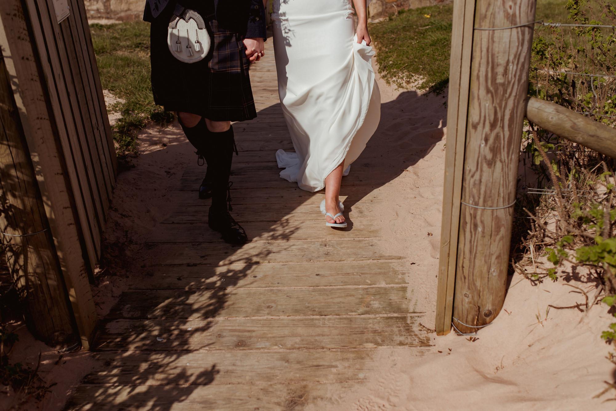 alternative-wedding-photography-waterside.jpg