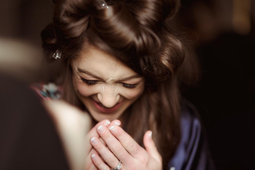 laughing-bride-aberdeen-wedding