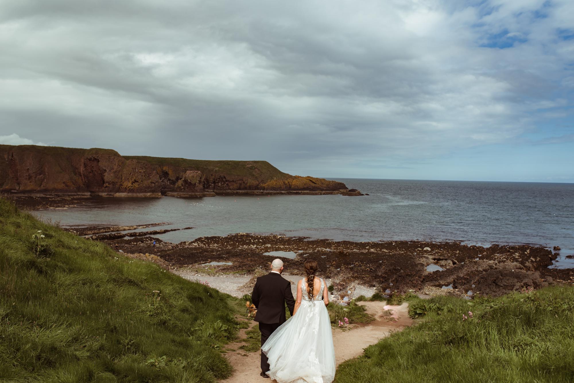 romantic-scottish-coast-elopement.jpg