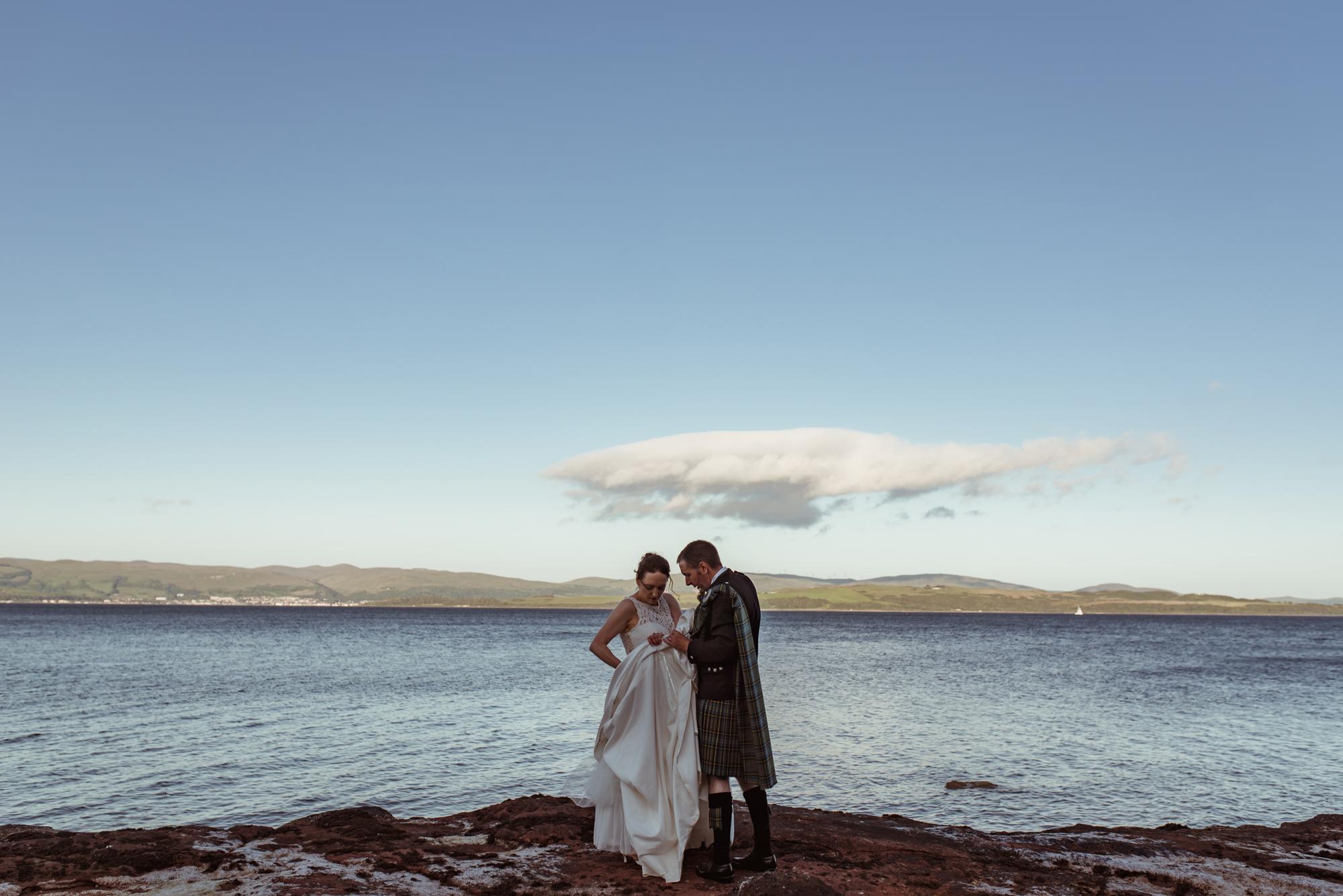 relaxed-scottish-coast-wedding.jpg