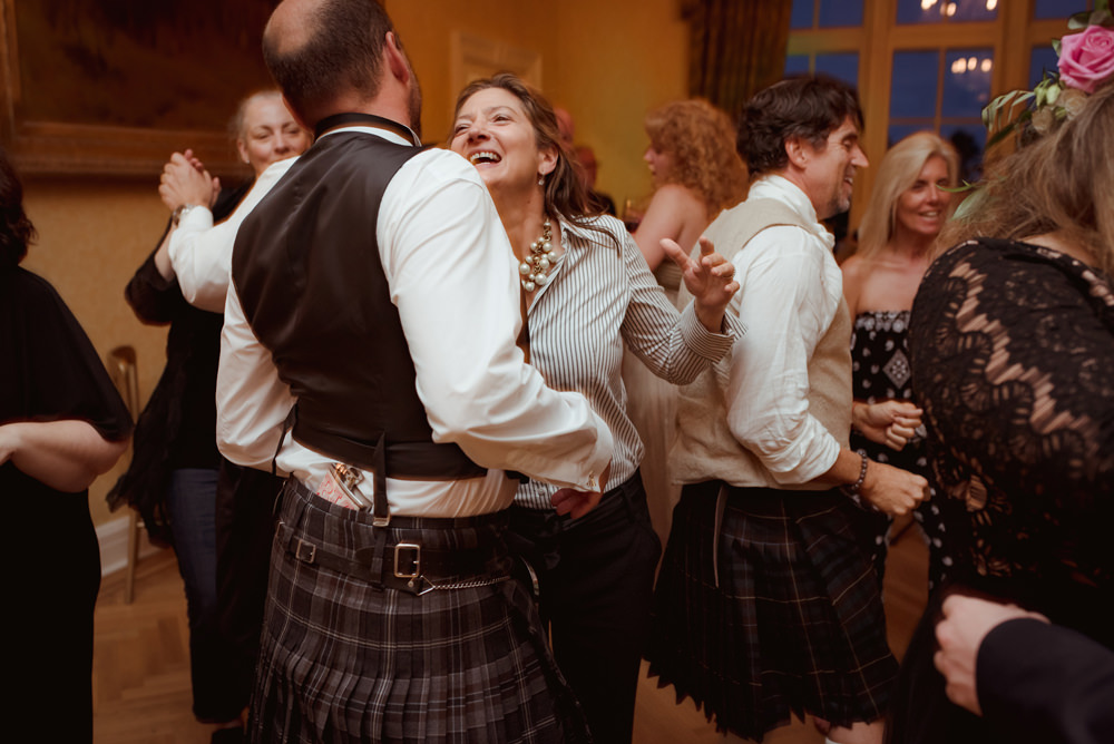 natural-mature-wedding-photography-scotland.jpg