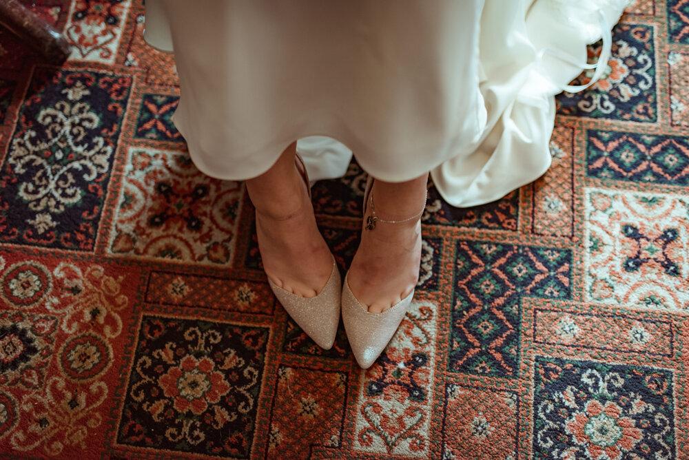 alternative-wedding-photography-glasgow-dumbarton (3).jpg