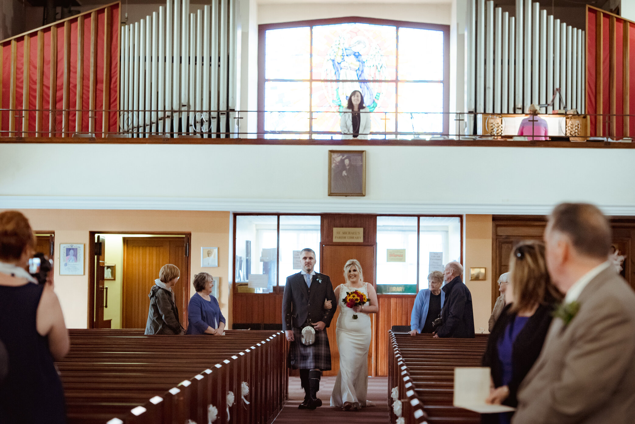 natural-wedding-photography-dumbarton (7).jpg