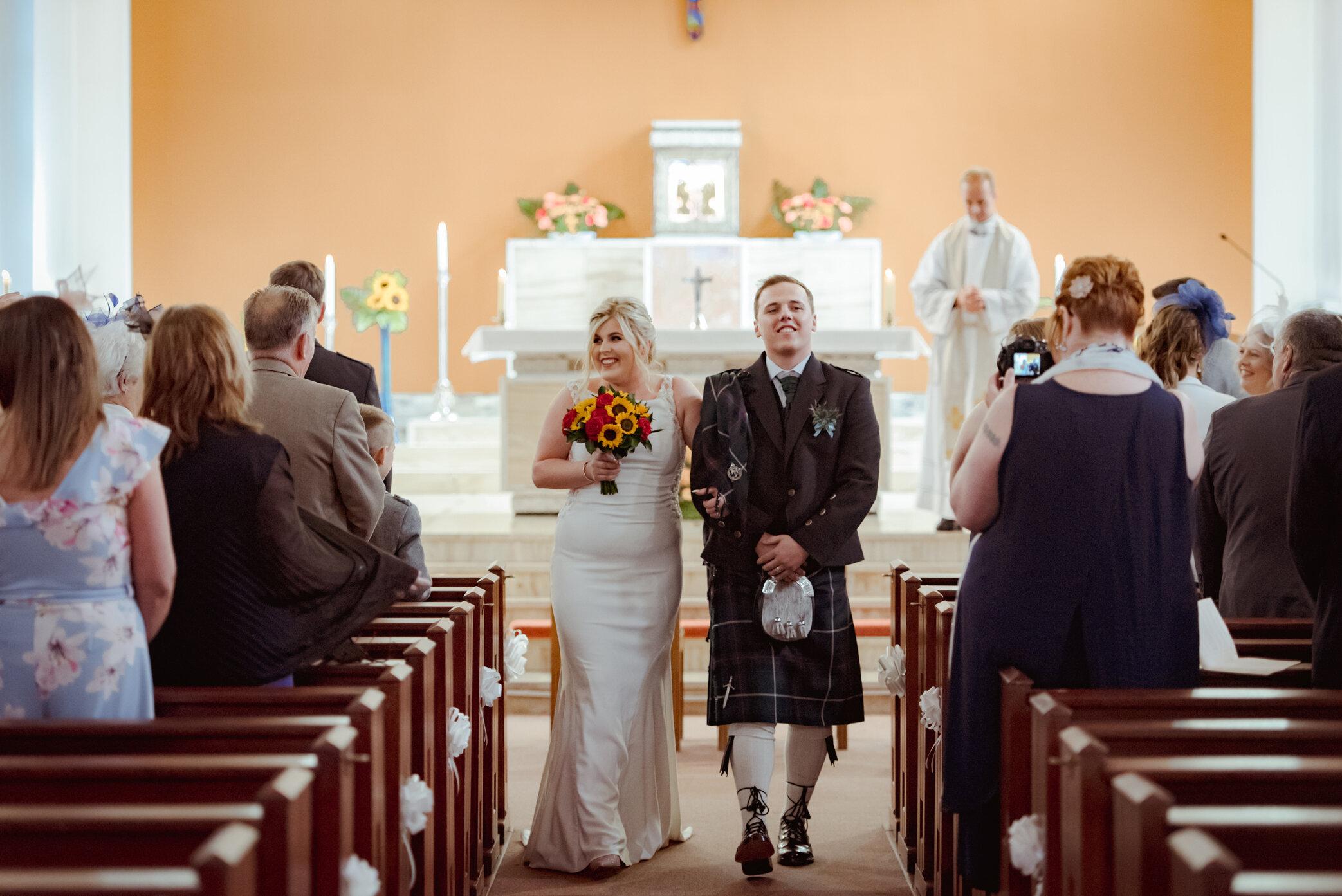 natural-wedding-photography-dumbarton (13).jpg