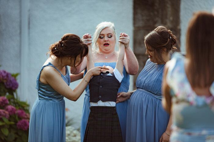 fun-wedding-photography-glasgow (3).jpg