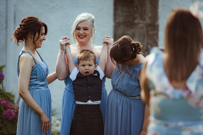 fun-wedding-photography-glasgow (4).jpg