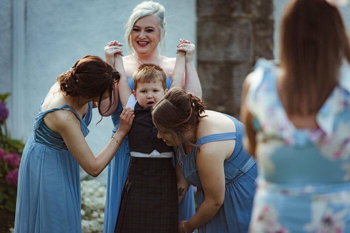 fun-wedding-photography-glasgow (5).jpg