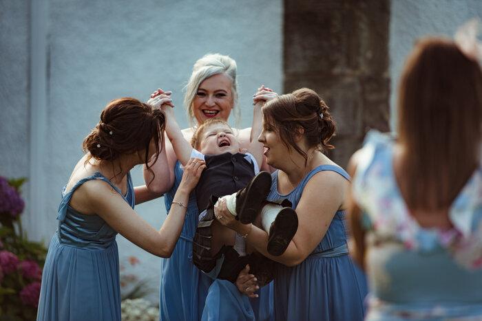 fun-wedding-photography-glasgow (6).jpg