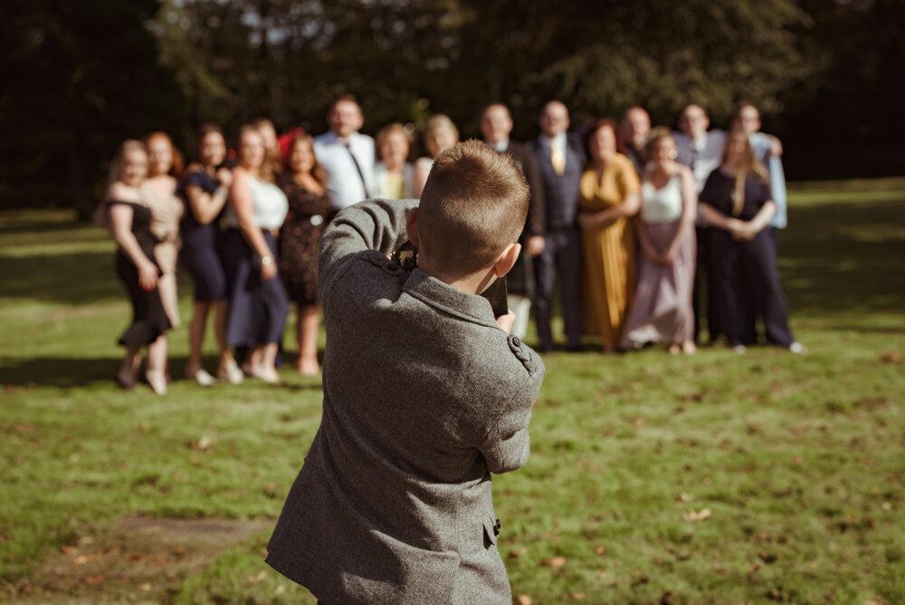 natural-wedding-photography-dumbarton (18).jpg