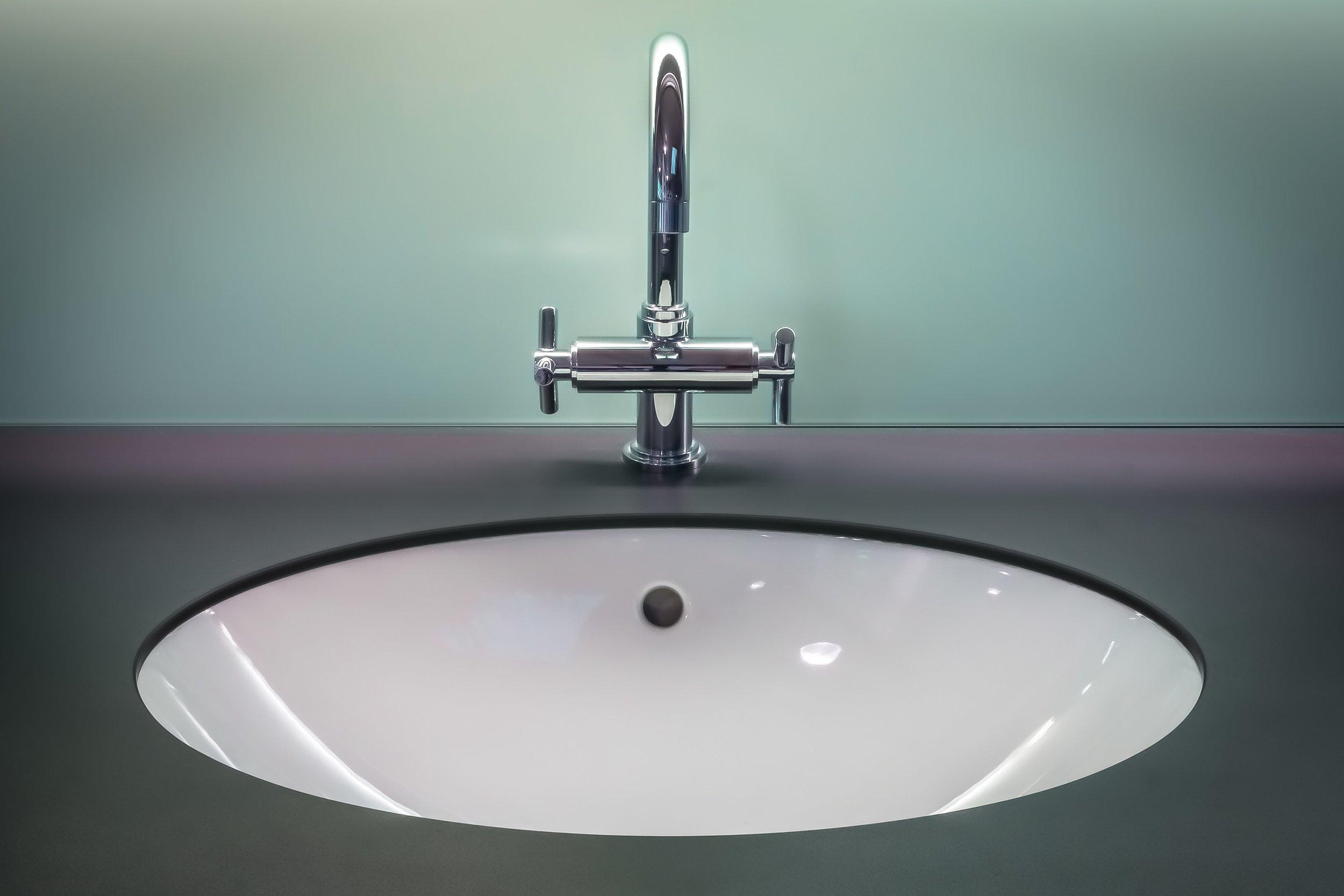 bathroom-clean-faucet-145512.jpg
